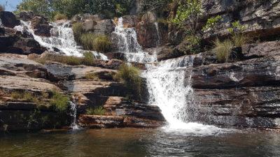 Cachoeira Almécegas 2 na chapada dos veadeiros vista de frente