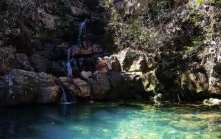Poço Xamã da cachoeira das loquinhas na época de seca na Chapada dos Veadeiros
