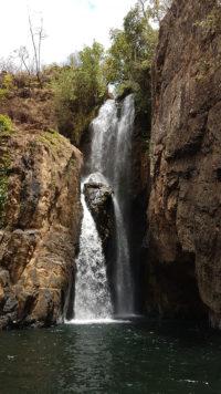 Cachoeira do Encontro dos rios macaquinhos e macacão na Chapada dos Veadeiros